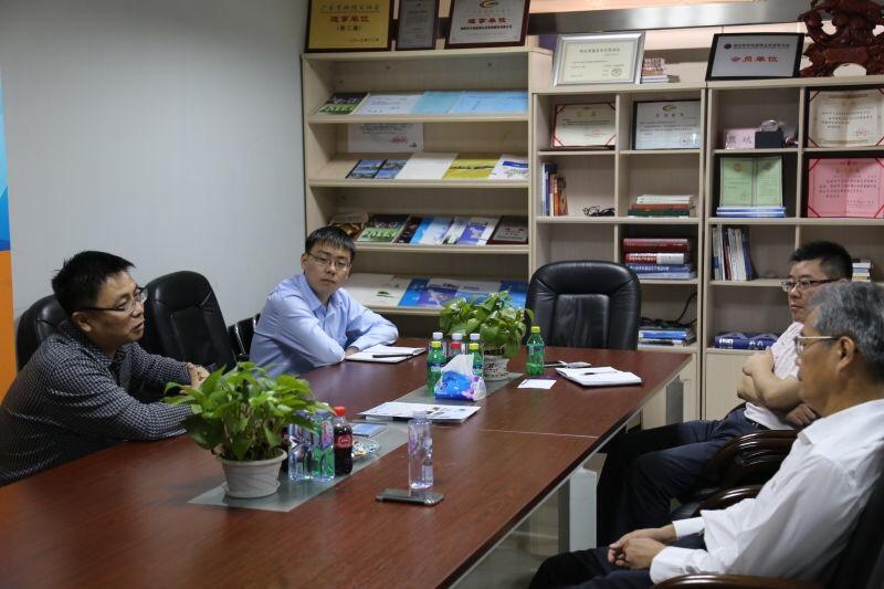 【公司新聞】深圳市進出口商會常務副秘書長曾曉華蒞臨天地縱橫交流
